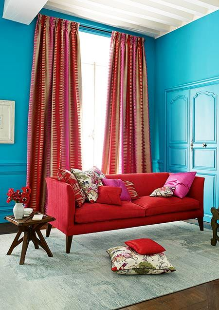 Manuel_Canovas_luxury_fabric_and_wallpaper-1.jpg